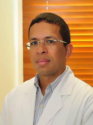 Dr. Antolín Reynoso