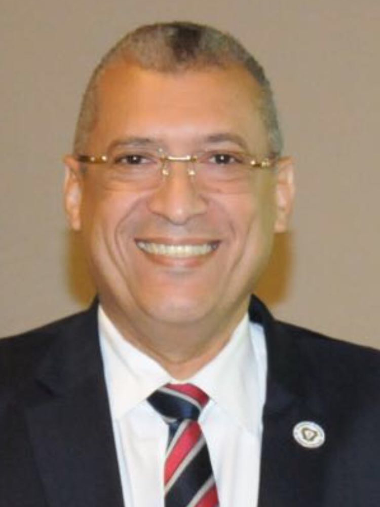 Dr. Marcelo Puello