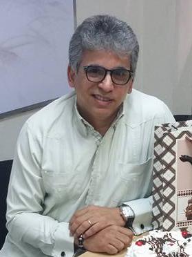 Dr. Miguel Robiou